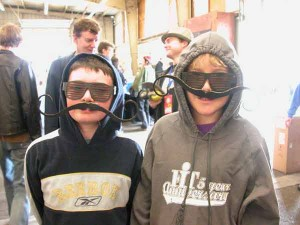 maker_faire_moustache